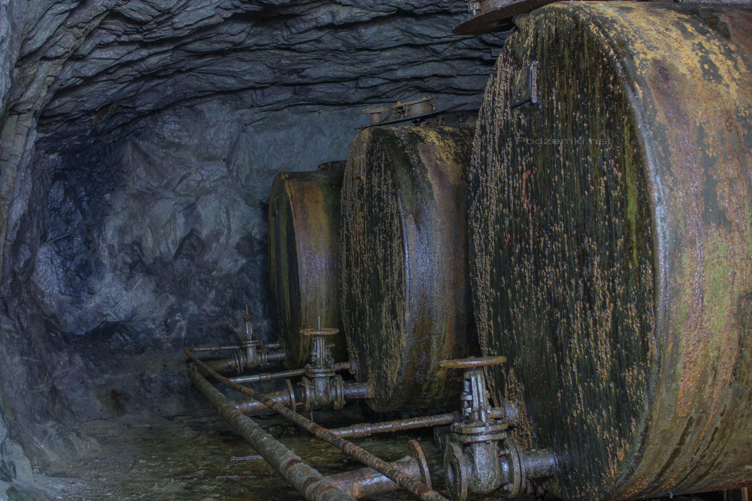 Подземное хранилище ГСМ для нужд флота